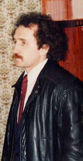 MP Volodymyr Shovkoshytnyi visiting his abandoned Pripyat apartment