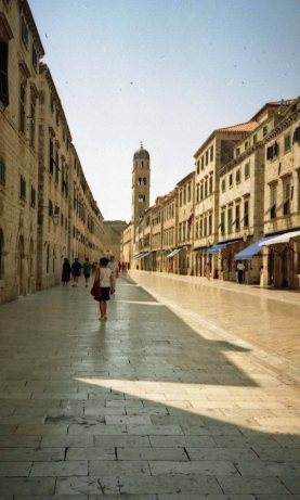 The limestone-paved stradun