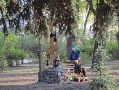 Shrine across from parliament (verkhovna rada) Kyiv April 2014